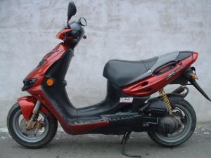 Suzuki Katana LC robogó + kipufogó